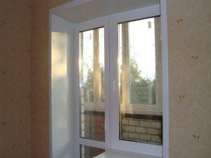 ustanovka-balkonnogo-bloka7-300x225