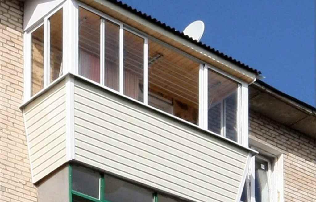 Выбираем остекление балкона