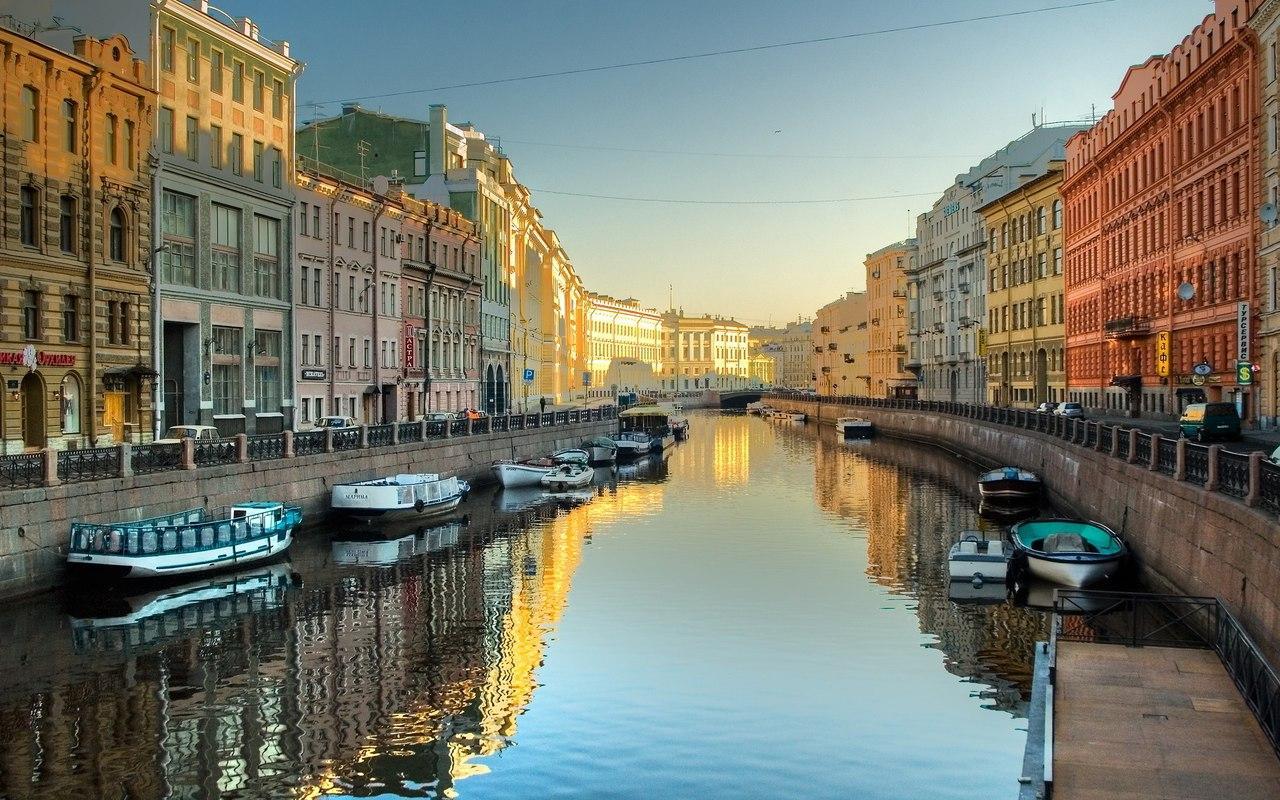 Окна в Санкт-Петербурге