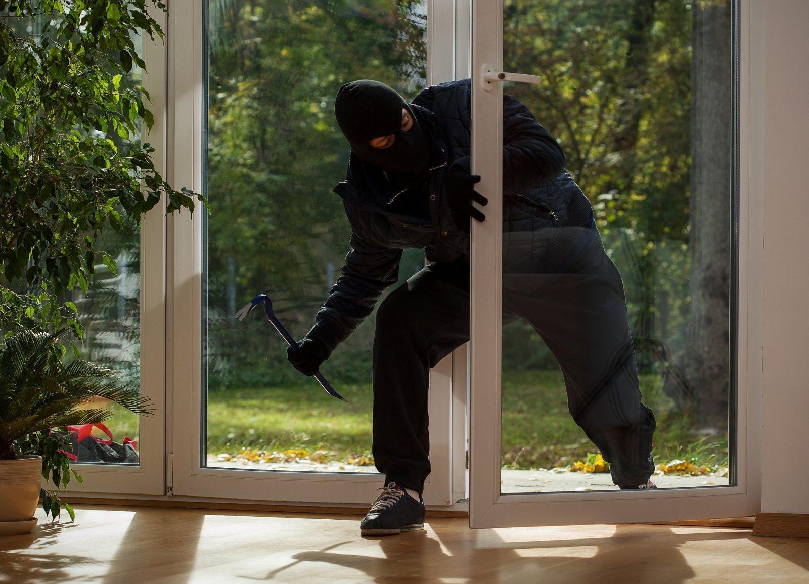 Окна в частном доме безопасность